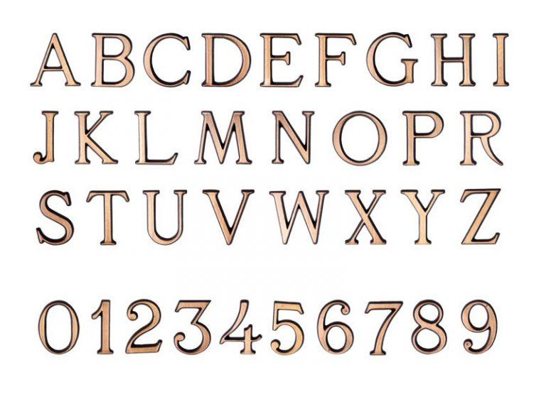 Náhrobné písmo Romano